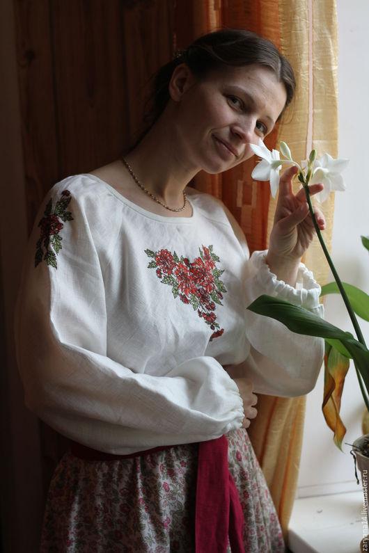 Блузки ручной работы. Ярмарка Мастеров - ручная работа. Купить Белая блузка  с вышитыми рукавами и горловиной. Handmade. Белый