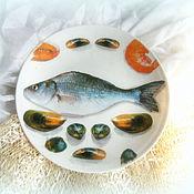 Картины и панно ручной работы. Ярмарка Мастеров - ручная работа декоративная тарелка Рыбный день. Handmade.