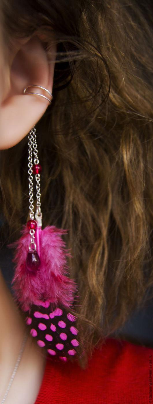 """Каффы ручной работы. Ярмарка Мастеров - ручная работа. Купить Кафф """"Розовое перо"""" (серьги розовые перья, черно розовый цвет, клипсы. Handmade."""