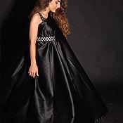 Одежда ручной работы. Ярмарка Мастеров - ручная работа Черной атласное платье с кожаной отделкой. Handmade.