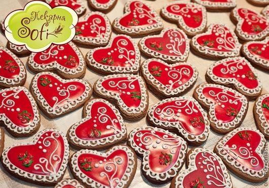 Кулинарные сувениры ручной работы. Ярмарка Мастеров - ручная работа. Купить Имбирные пряники сердца. Handmade. Ярко-красный, подарок