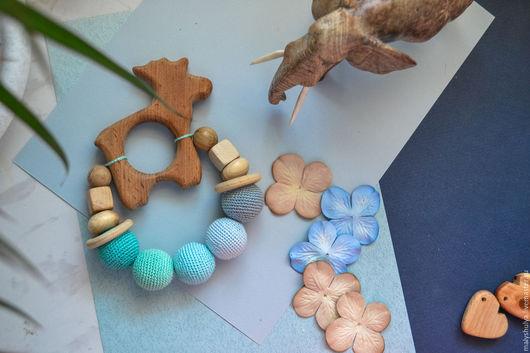 """Развивающие игрушки ручной работы. Ярмарка Мастеров - ручная работа. Купить Грызунок """"Лосик"""". Handmade. Грызунок деревянный, подарок новорожденному"""