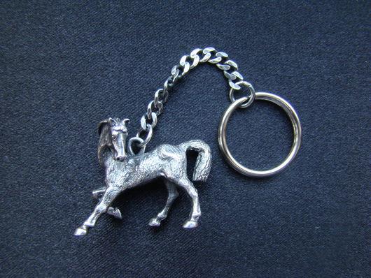 """Брелоки ручной работы. Ярмарка Мастеров - ручная работа. Купить Брелок """"Лошадка"""". Handmade. Серебряный, брелок для ключей, лошадка"""