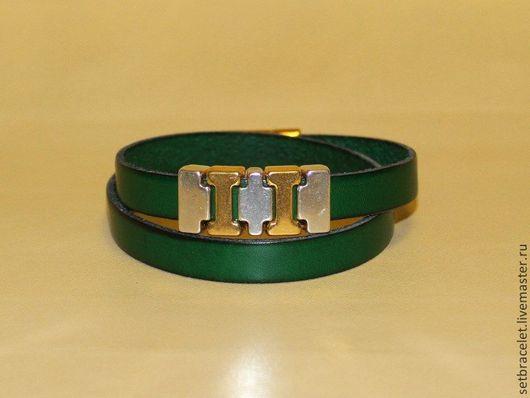 Браслеты ручной работы. Ярмарка Мастеров - ручная работа. Купить Женский кожаный браслет, зеленый плоский шнур 10мм. Handmade.