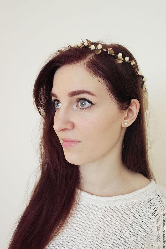 """Свадебные украшения ручной работы. Ярмарка Мастеров - ручная работа. Купить Венок на голову с миниатюрными кремовыми розами """"AURELIA"""" S21. Handmade."""