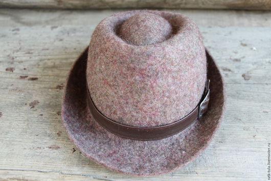 """Шляпы ручной работы. Ярмарка Мастеров - ручная работа. Купить Шляпа валяная """"ГОРОД"""". Handmade. Комбинированный, шляпа с перьями"""