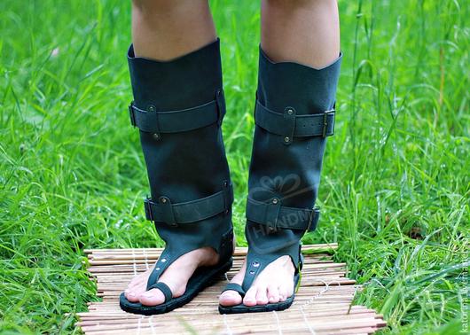 Обувь ручной работы. Ярмарка Мастеров - ручная работа. Купить Ботфорты сандалии из серой замши Летние через палец. Handmade.