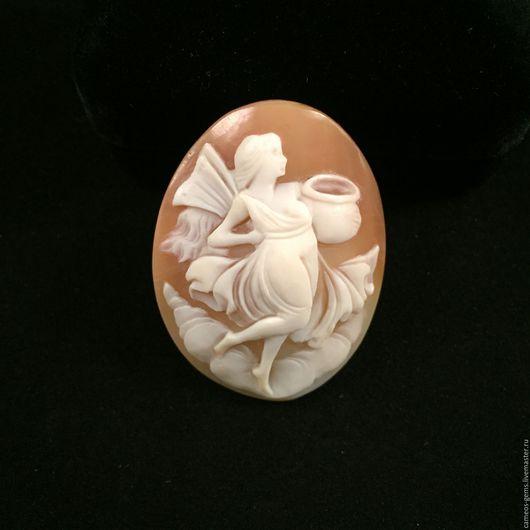 Броши ручной работы. Ярмарка Мастеров - ручная работа. Купить Камея на натуральной раковине. Handmade. Бежевый, резная камея