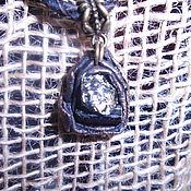 Фен-шуй и эзотерика ручной работы. Ярмарка Мастеров - ручная работа Подвеска из питрита и шерла в коже. Handmade.