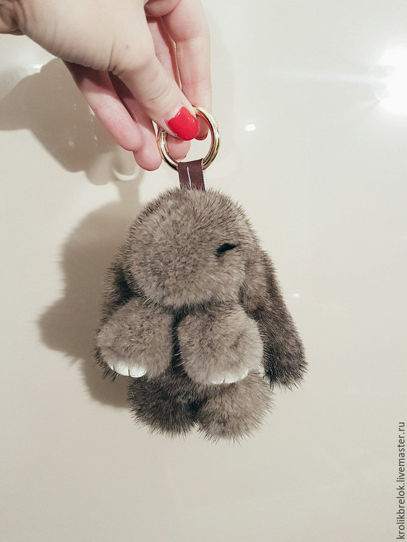 Брелоки из меха кролика своими руками 825