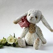 Куклы и игрушки ручной работы. Ярмарка Мастеров - ручная работа Белый Зайка Тедди Стёпка. Handmade.