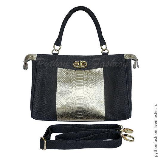 Сумка из кожи питона. Модная женская сумка из питона. Большая сумка ручной работы из питона. Вместительная сумка из питона. Удобная женская сумка из кожи питона. Дизайнерская сумка из питона на весну.