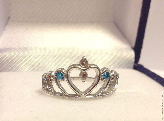 Серебряное кольцо `Принцесса`