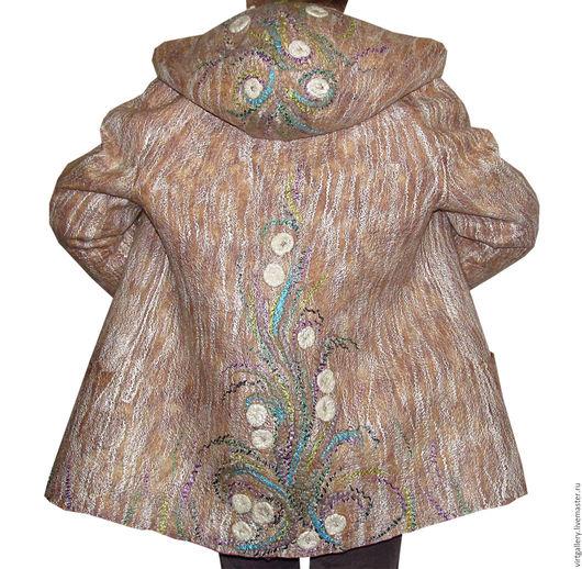 Верхняя одежда ручной работы. Ярмарка Мастеров - ручная работа. Купить Валяная куртка с капюшоном. Handmade. Бежевый, пальто валяное