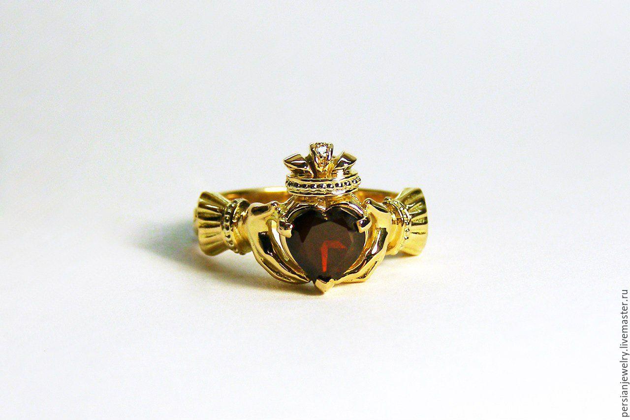 Golden ring 'CLADDAGH' with a dark garnet, Rings, Sevastopol,  Фото №1