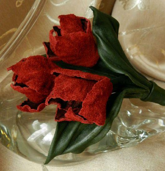 Броши ручной работы. Ярмарка Мастеров - ручная работа. Купить Букетик тюльпанов из кожи. Handmade. Цветы из кожи, тюльпаны