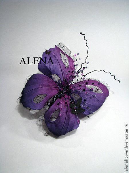 Броши ручной работы. Ярмарка Мастеров - ручная работа. Купить Бабочка фиолетовая. Handmade. 8 марта, фиолетовый цветок, бисер