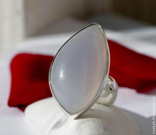 """Кольца ручной работы. Ярмарка Мастеров - ручная работа. Купить Кольцо с сапфирином """"Лилия"""", серебро. Handmade. Сапфирин, голубой камень"""