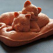 """Косметика ручной работы. Ярмарка Мастеров - ручная работа Сувенирное мыльце """"Котята на подушке"""".. Handmade."""