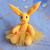 Куклы и игрушки ручной работы. Ярмарка Мастеров - ручная работа Зайка-балеринка. Handmade.