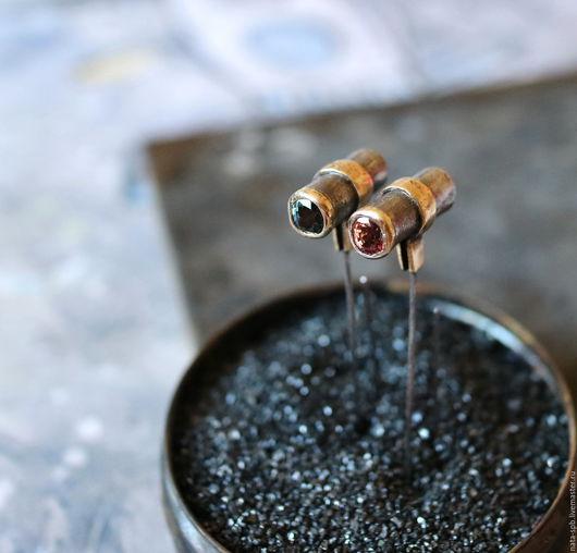 Серьги ручной работы. Ярмарка Мастеров - ручная работа. Купить CALLING ELVIS серьги (шпинель, серебро, золото, латунь). Handmade.