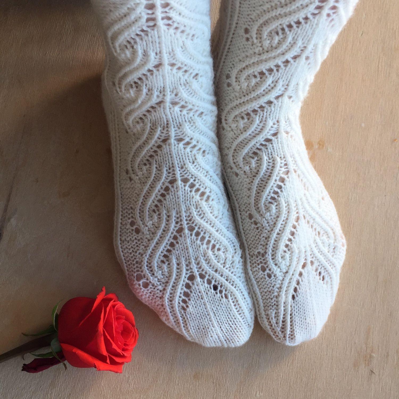 Красивые носочки вязание спицами