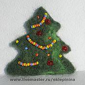 Подарки к праздникам ручной работы. Ярмарка Мастеров - ручная работа Новогодняя ёлочка, магнит на холодильник. Handmade.