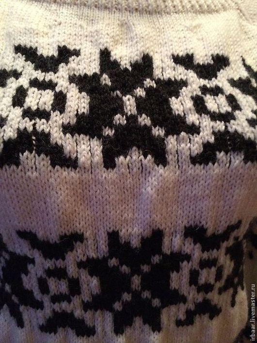 """Кофты и свитера ручной работы. Ярмарка Мастеров - ручная работа. Купить Джемпер""""Скандинавия"""". Handmade. Чёрно-белый, скандинавский свитер, снежинки"""
