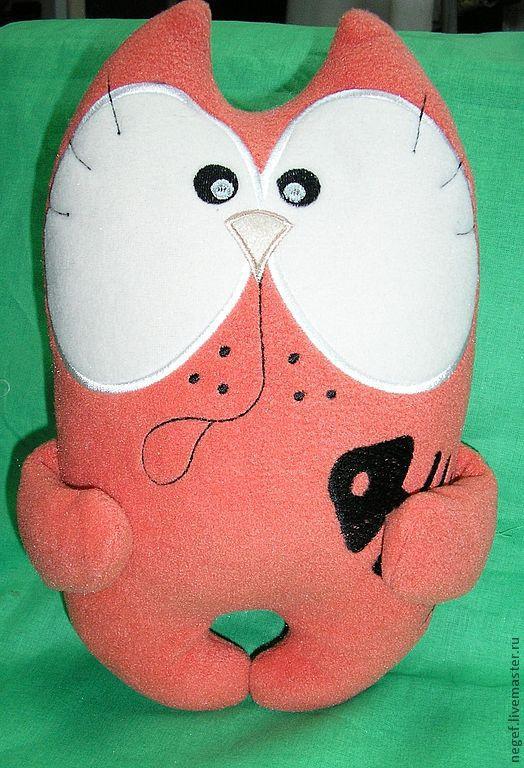 """Игрушки животные, ручной работы. Ярмарка Мастеров - ручная работа. Купить мягкая игрушка""""котик с рыбкой"""". Handmade. Коралловый, игрушка, Полартек"""