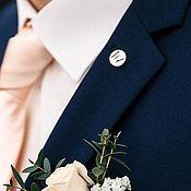 Подвеска ручной работы. Ярмарка Мастеров - ручная работа Значок на пиджак с инициалами на заказ серебро. Handmade.