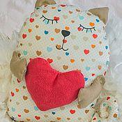 Куклы и игрушки ручной работы. Ярмарка Мастеров - ручная работа Кот с сердцем. Мягкая игрушка подушка. Handmade.