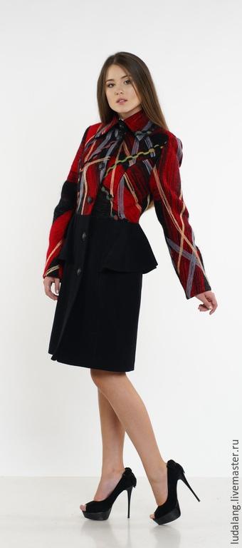 Верхняя одежда ручной работы. Ярмарка Мастеров - ручная работа. Купить Пальто Красное и Черное. Handmade. Ярко-красный