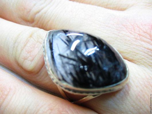 кольцо `Волосатик` цена 2700 кварц волосатик
