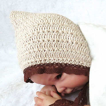 Clothing handmade. Livemaster - original item Knitted cap for newborn photo shoot, for girl beige. Handmade.