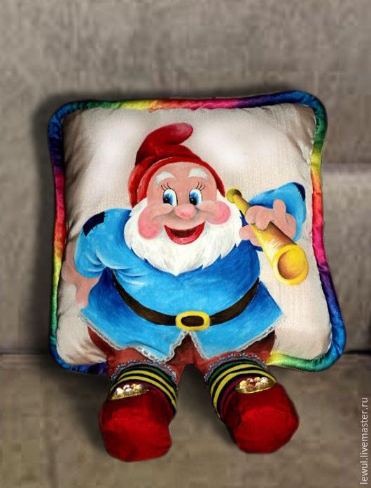 """Детская ручной работы. Ярмарка Мастеров - ручная работа. Купить Подушка-игрушка """"Гномик"""". Handmade. Подушка-игрушка, подарок, синтепон"""