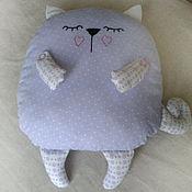 Для дома и интерьера ручной работы. Ярмарка Мастеров - ручная работа Подушка-игрушка котик. Handmade.