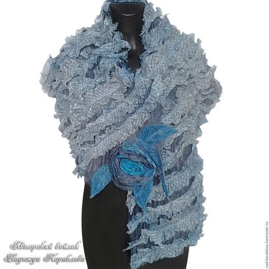 """Шарфы и шарфики ручной работы. Ярмарка Мастеров - ручная работа. Купить """"Летние грезы"""" шарф нуновойлок. Handmade. Голубой"""