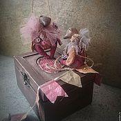 """Куклы и игрушки ручной работы. Ярмарка Мастеров - ручная работа """"Новогодняя коробочка, мишки-клоуны"""". Елочные игрушки. Handmade."""