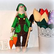 Куклы и игрушки ручной работы. Ярмарка Мастеров - ручная работа Заяц-огородник ( в стиле Тильда). Handmade.