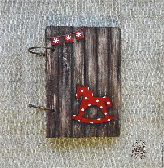 """Блокноты ручной работы. Ярмарка Мастеров - ручная работа. Купить Деревянный блокнот """"Новогоднее настроение"""". Handmade. Блокнот из дерева, коричневый"""