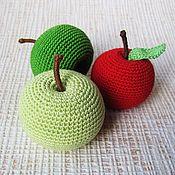 Куклы и игрушки ручной работы. Ярмарка Мастеров - ручная работа Вязаные фрукты. яблоко. Handmade.