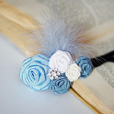 """Свадебный салон ручной работы. Ярмарка Мастеров - ручная работа """"Голубые розы со стразами и пером"""" повязка для волос. Handmade."""