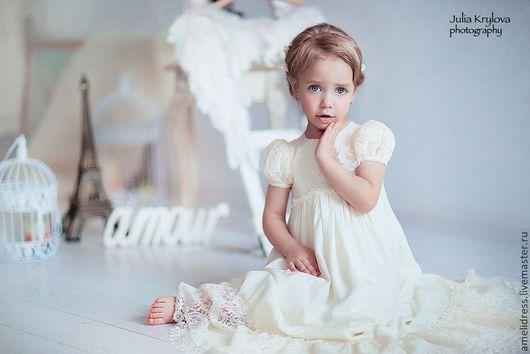 Одежда для девочек, ручной работы. Ярмарка Мастеров - ручная работа. Купить нарядное платье. Handmade. Бежевый, однотонный, кружевное платье