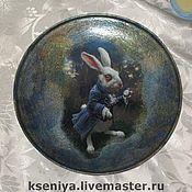 """Посуда ручной работы. Ярмарка Мастеров - ручная работа Декоративная тарелка """"Следуй за белым кроликом"""". Handmade."""