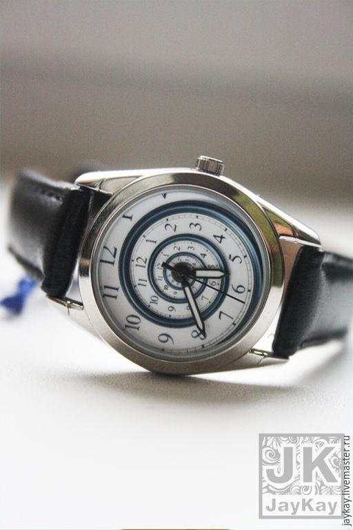 """Часы ручной работы. Ярмарка Мастеров - ручная работа. Купить Часы наручные JK """"Спираль"""" в черном, маленький корпус. Handmade."""
