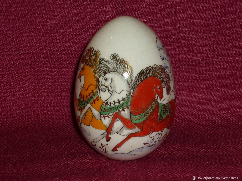 EASTER EGG RUSSKAYA TROYKA. Porcelain, hand painted. LFZ, Vintage interior, St. Petersburg,  Фото №1
