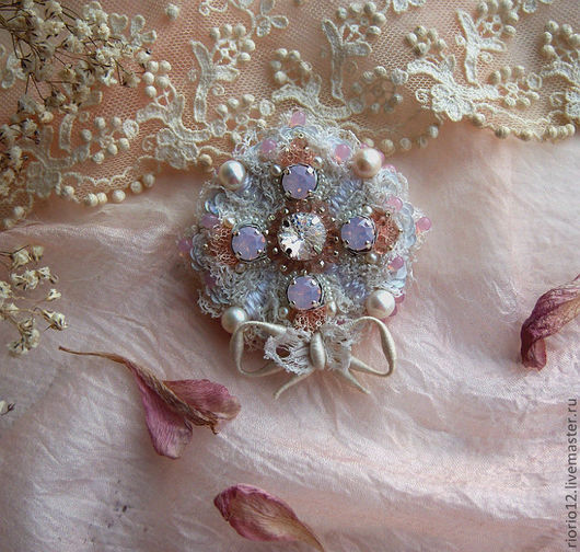 """Броши ручной работы. Ярмарка Мастеров - ручная работа. Купить Брошь """"Lacy meringue"""". Handmade. Бледно-розовый, свадьба"""