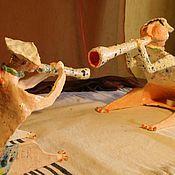 Для дома и интерьера ручной работы. Ярмарка Мастеров - ручная работа Керамическая статуэтка. Клара украла у Карла..... Handmade.