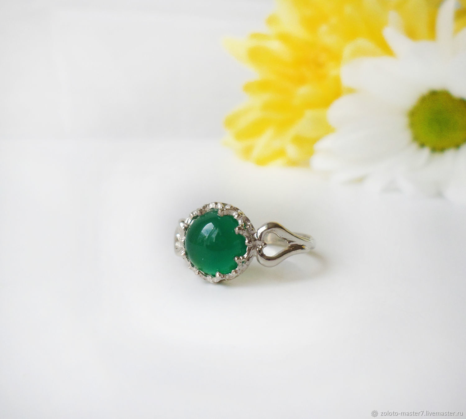 Silver ring with green chalcedony. 925 sterling silver, Rings, Chaikovsky,  Фото №1