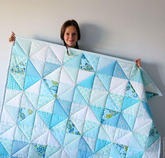 Текстиль, ковры ручной работы. Ярмарка Мастеров - ручная работа. Купить Лоскутное одеяло в бирюзово-голубых тонах. Handmade. Голубой